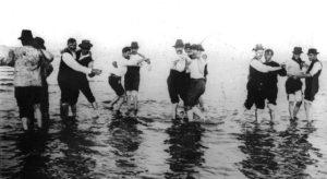 男同士で踊られる初期のタンゴ